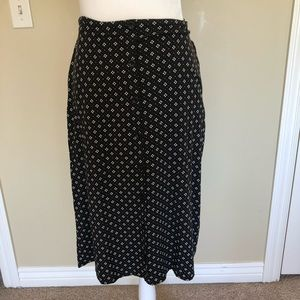 Lily Star Black and White Skirt. Size Small.